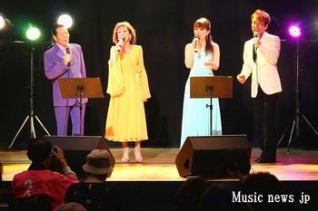 ウメトラ歌謡祭・オープニング.jpg