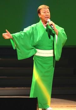 三橋美智也・橋幸夫2.jpg