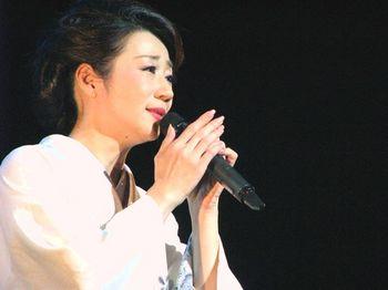 入山アキ子3.jpg