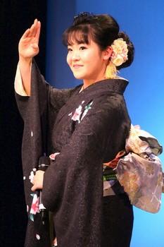 朝花美穂.jpg