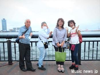 歌を歩く・大阪港.jpg